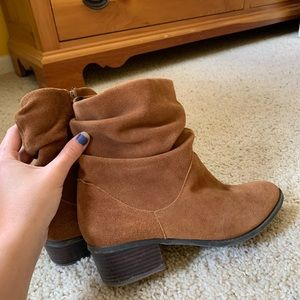 Brown fall boots.